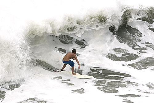 Surfing 159